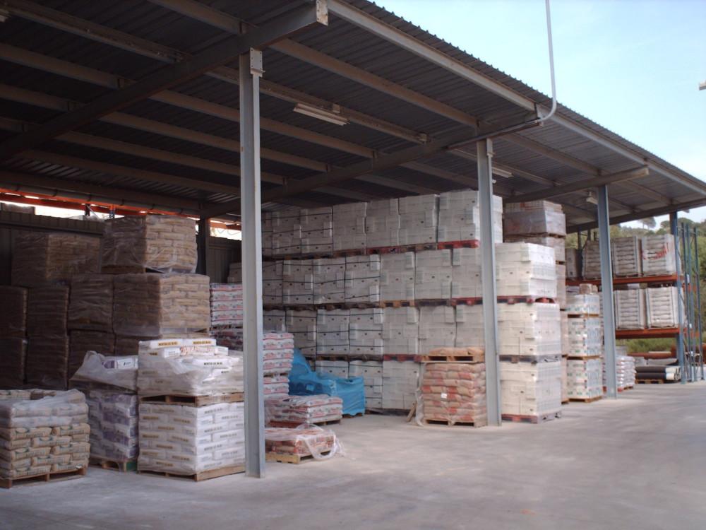 Estoc ceràmica i gres del magatzem de la construcció Materials de l'Anoia